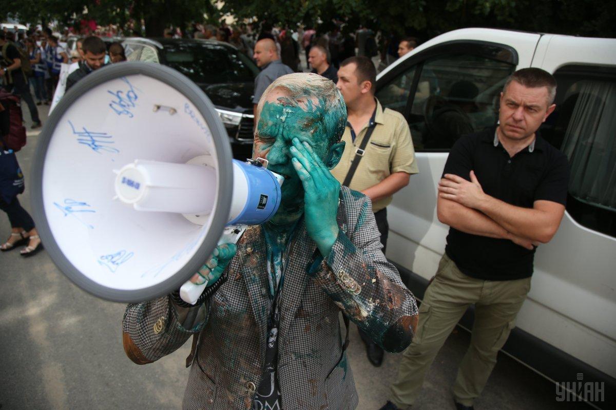 В ЦПК заявили, что Шабунин серьезно пострадал от действий провокаторов / УНИАН