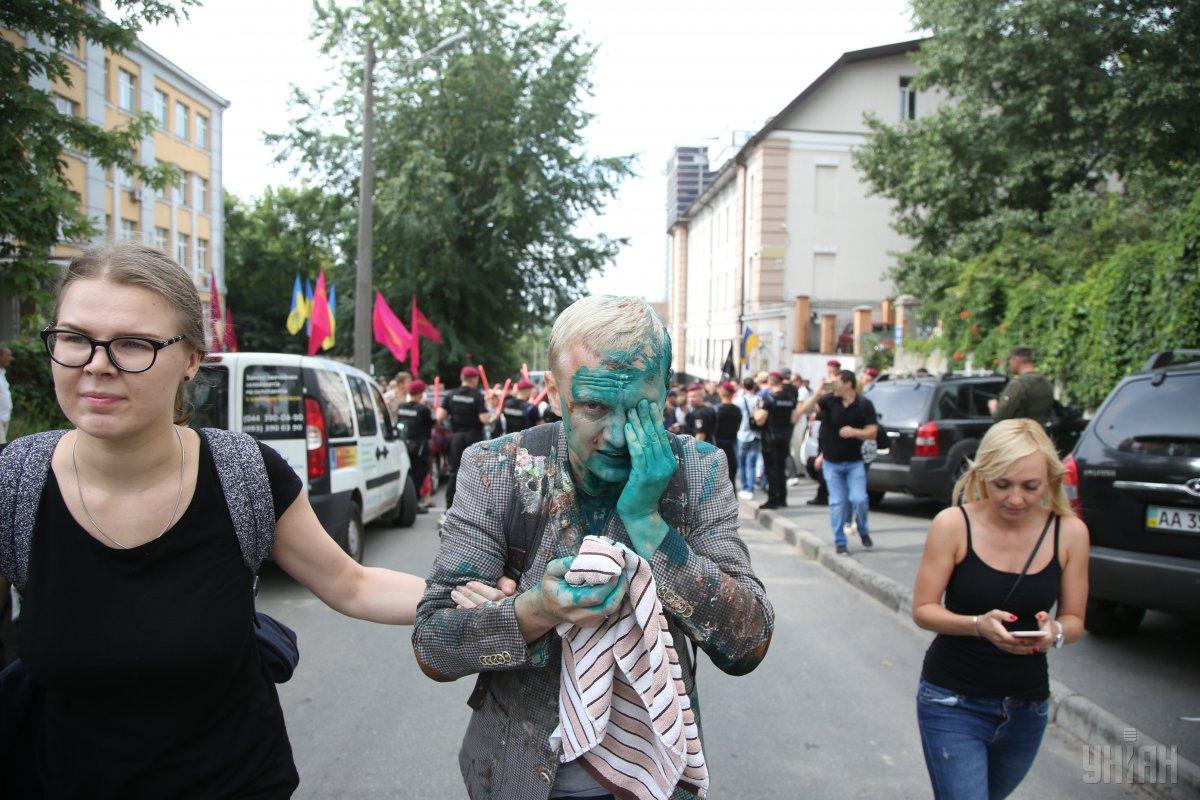 Полиция будет расследовать нападение на Шабунина как хулиганство / фото УНИАН