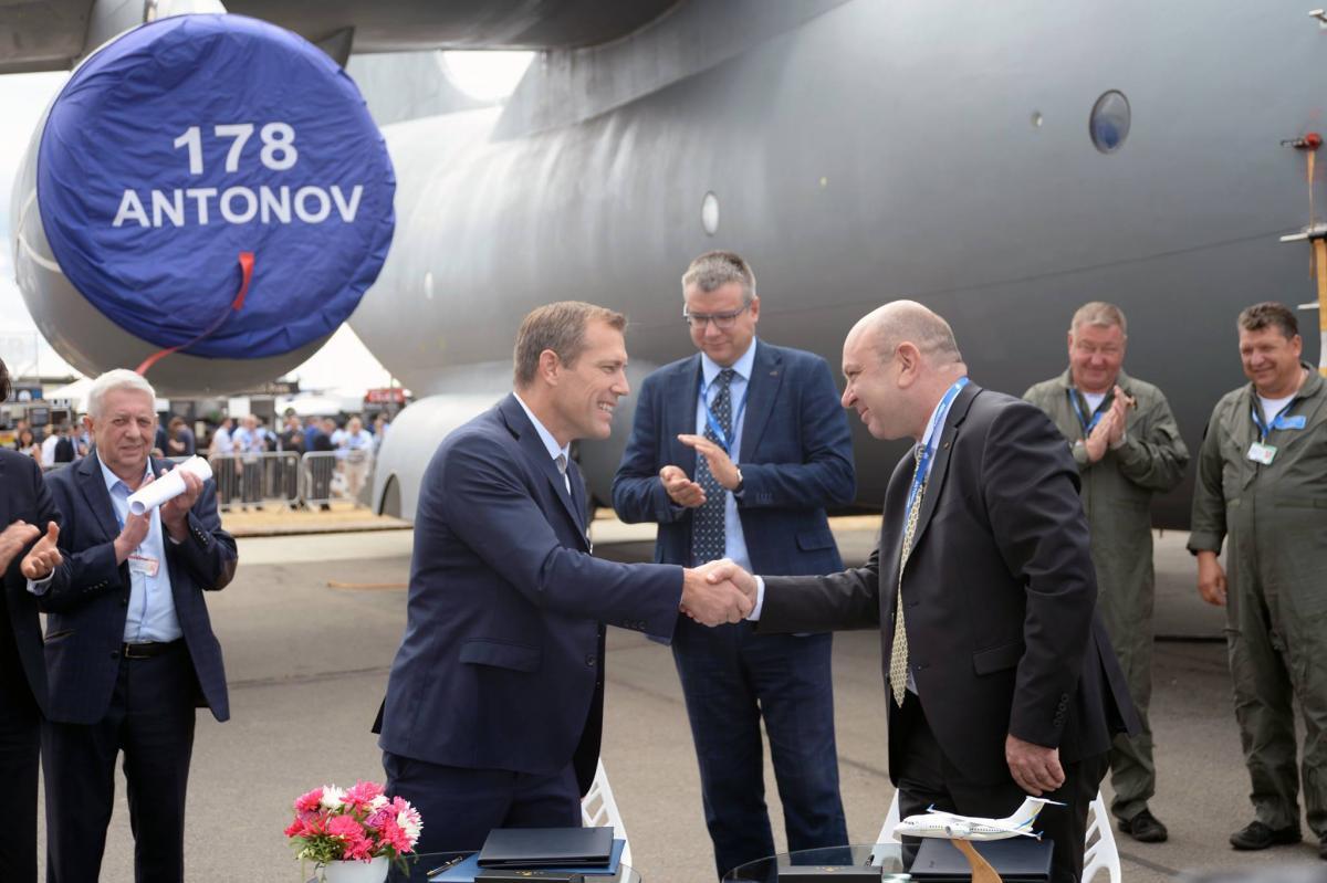 ДП «Антонов» підписалоугоду з компанією Aviall Services, Inc / фото facebook/antonov