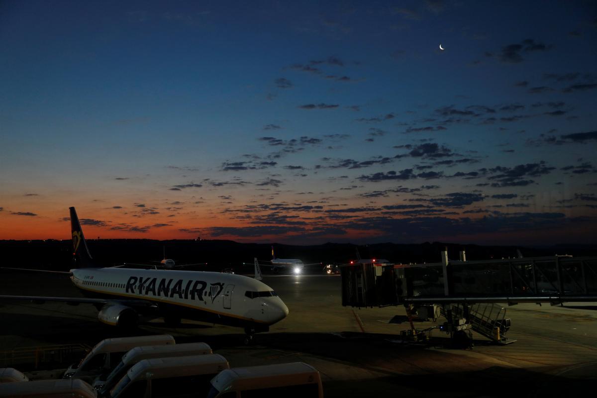 Ryanair запустив розпродаж авіаквитків до Хеловіну   Ілюстрація REUTERS a29e7607f5ce5