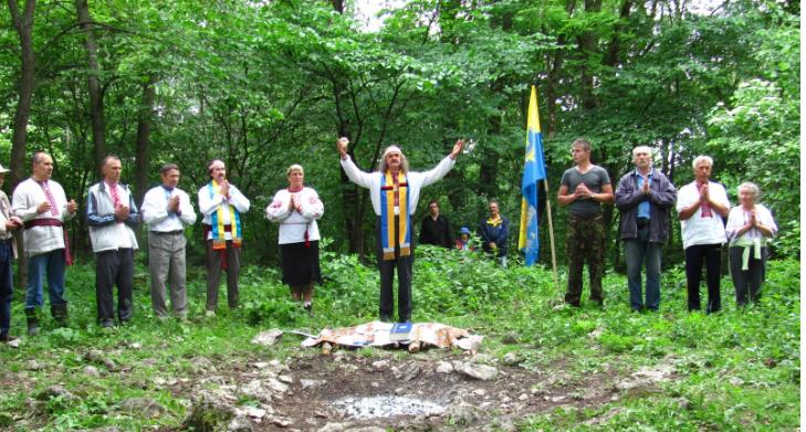 Последователи дохристианской веры Украины-Руси хотят иметь собственный храм / runvira.com.ua