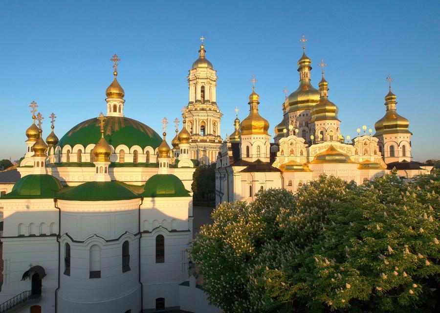 Братия Лавры не намерены принимать участие в политических акциях / lavra.ua
