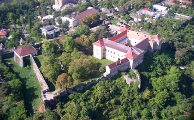 Ужгородський замок / zkmuseum.com