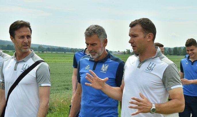 Андрей Шевченко, Андреа Малдера (слева) и Мауро Тасотти продлили контракты с ФФУ/ ua-football.com