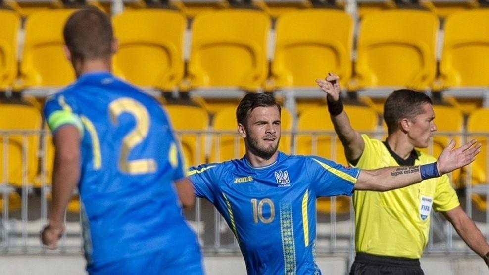 Збірна України обіграла команду Туреччини в останньому матчі групового етапу Євро / uefa.com