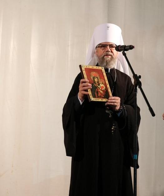 Митрополит Августинподарував полку список Рудосільської ікони Пресвятої Богородиці / kapelan.org.ua