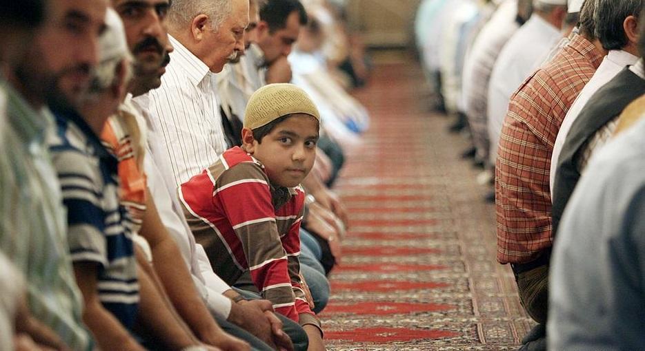 Жители города решили не предоставлять общественные земли для мечети/ dw.com
