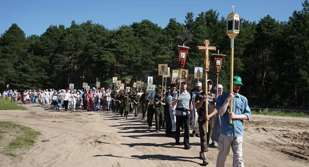 Місцями, де будуть зведені каплиці, пройшов хресний хід / arh-eparhia.ru