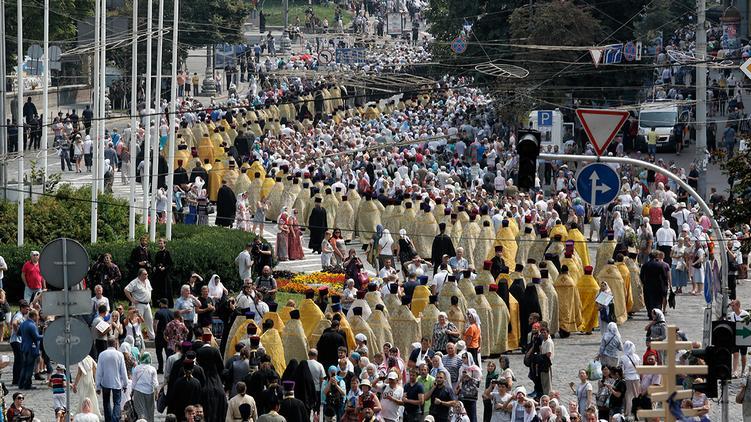 В МВД ожидают 200 тысяч людей на мероприятиях ко Дню Крещения Руси в Киеве / apostrophe.ua