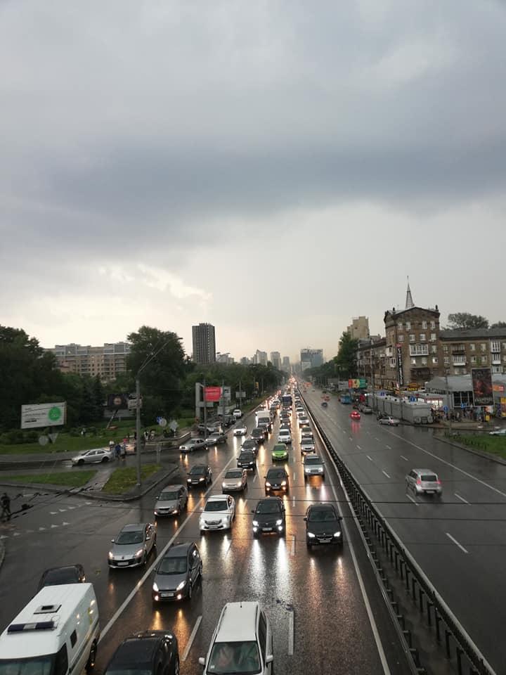 Київ сильна злива паралізувала / фото Alexandr Bosenko