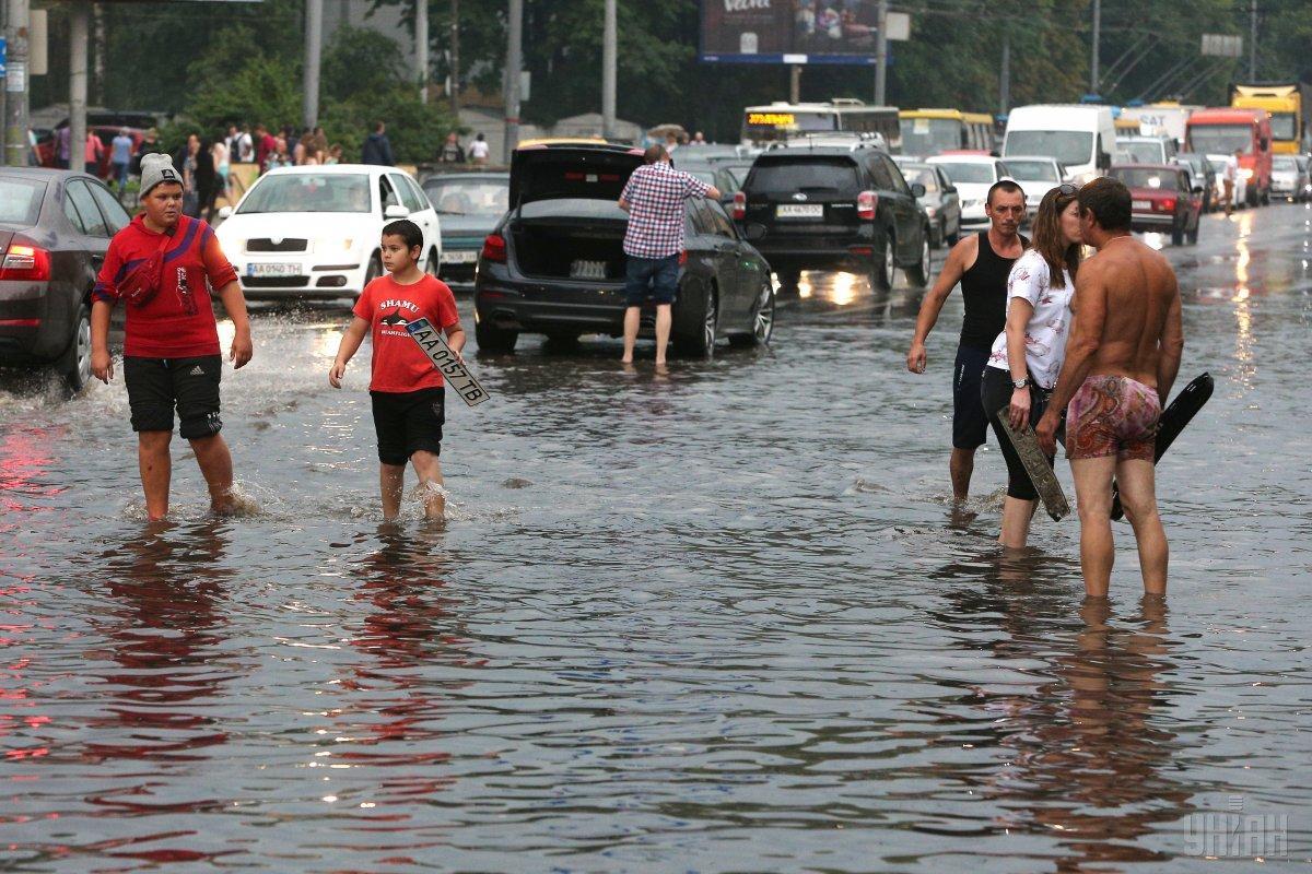 Погода влияет на дорожную обстановку / УНИАН