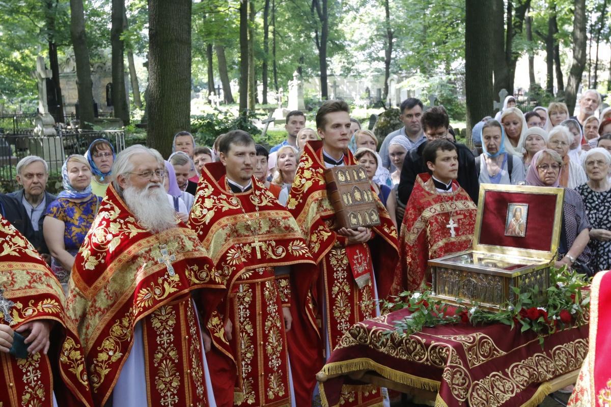 В Новодевичьем монастыре отметили 20-летие обретения мощей священномученика Илариона / monasterium.ru