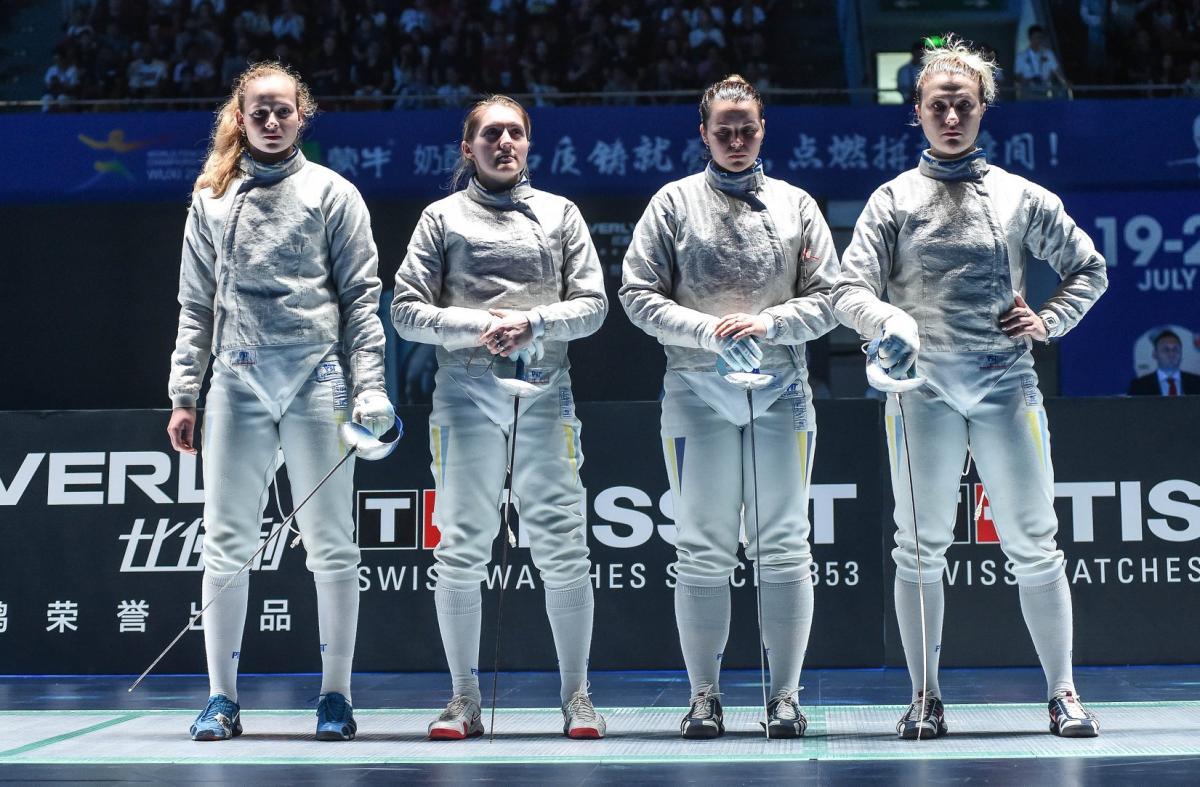 Женская сборная по фехтованию / фото prosport.com.ua