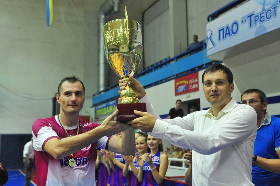 Мотор выиграл все три предыдущих розыгрыша Суперкубка Украины / handball.motorsich.com