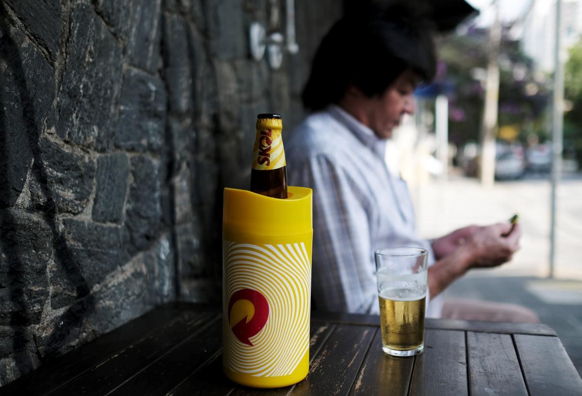 У Німеччині закінчується склотара для пива / REUTERS