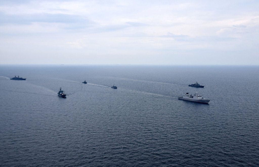 В тренировке принимали участие три тактические группы / фото NATO Maritime Command / navy.mil.gov.ua