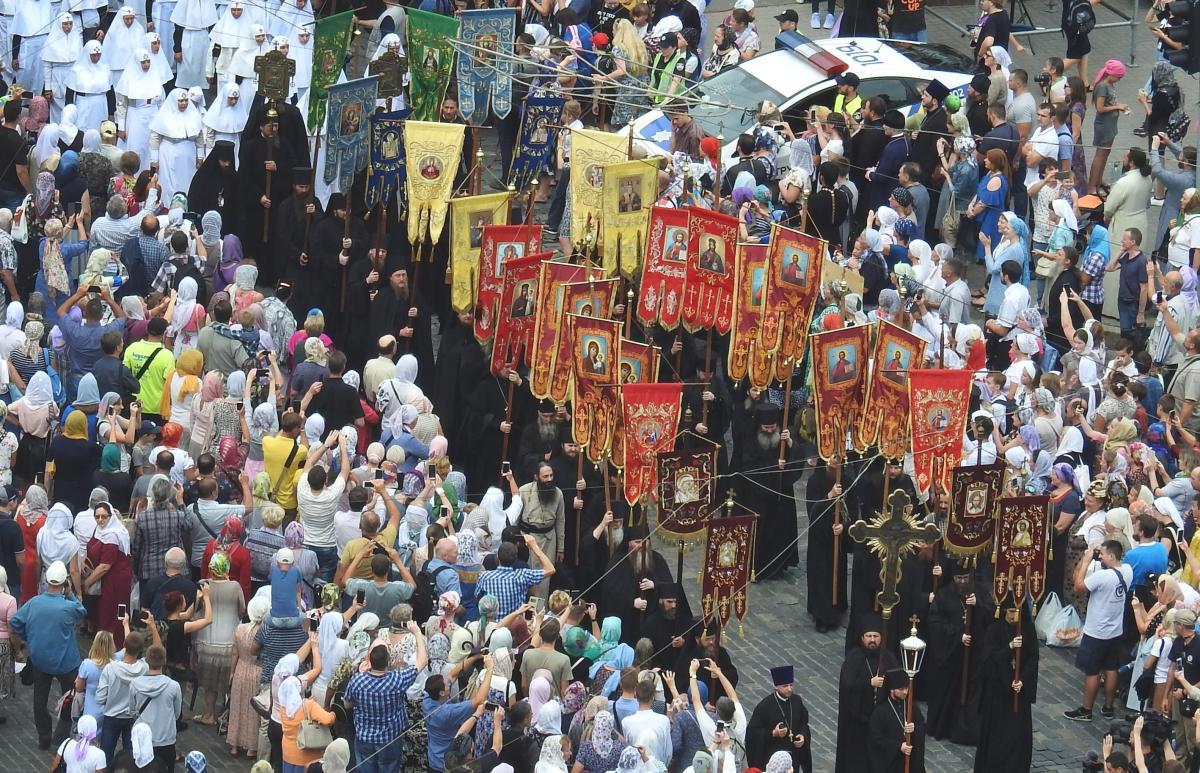 У Києві, всупереч перепонам, Хресним ходом пройшли 250 тисяч вірян УПЦ / Центр інформації УПЦ