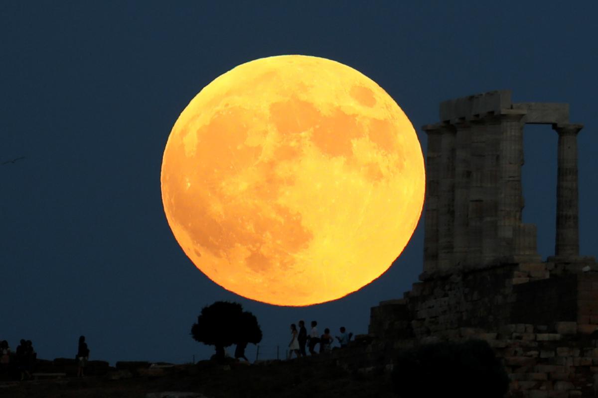 кровавое затмение луны картинки обрамления несложен