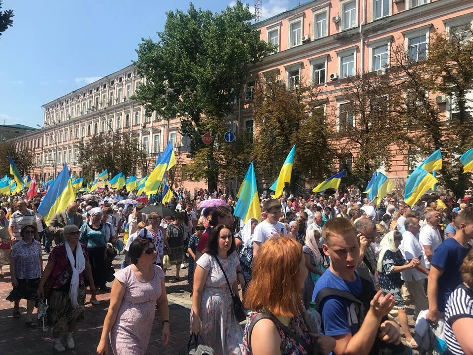 В крестном ходе УПЦ КП приняли участие 65 тысяч человек / facebook.com/victoria.navrotskaya