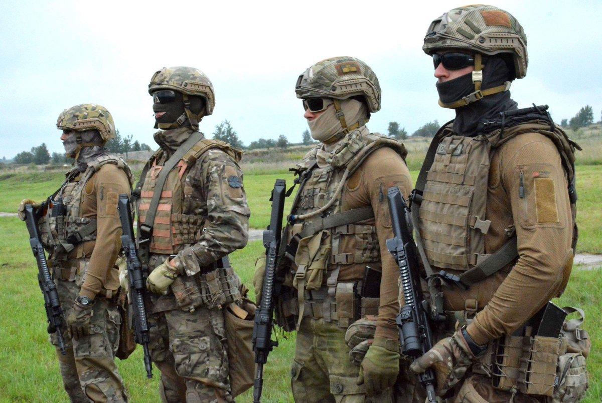 Ukraine's SOF troops / Twitter - Viktor Muzhenko