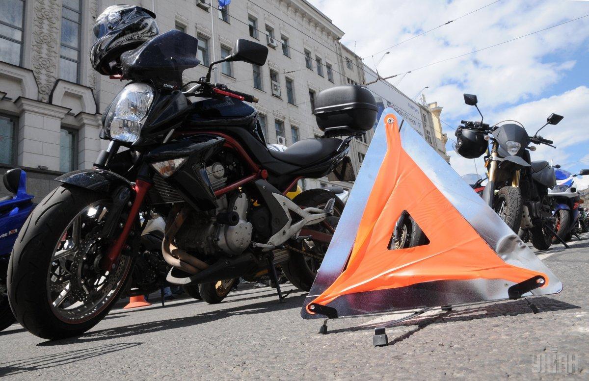 Вождение мопеда при отсутствии в правах необходимой категории карается штрафом в размере 3400грн / УНИАН Владимир Гонтар
