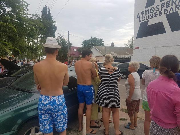 Убийство произошло во дворе отеля, принадлежащего семье Олешко / фото pro.berdyansk.biz