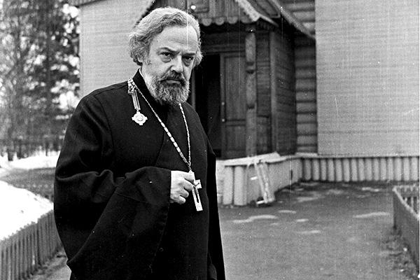 Протоиерей Александр Мень был убит в 7 утра 9 сентября 1990 года подороге вцерковь / mirvam.org