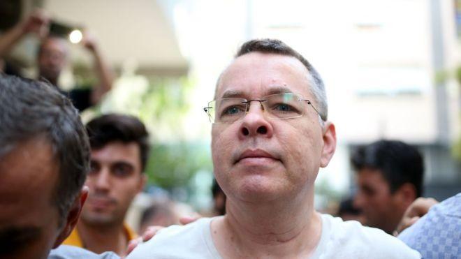 Ендрю Брансона звинувачують у співпраці з Фетхулой Гюленом / AFP