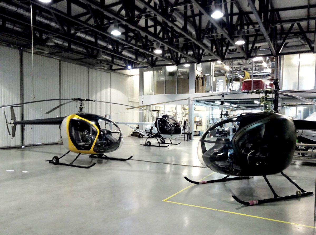 Вертольоти «Чезара» і «Вібстон аеро» / фото twitter.com/rnbo_gov_ua