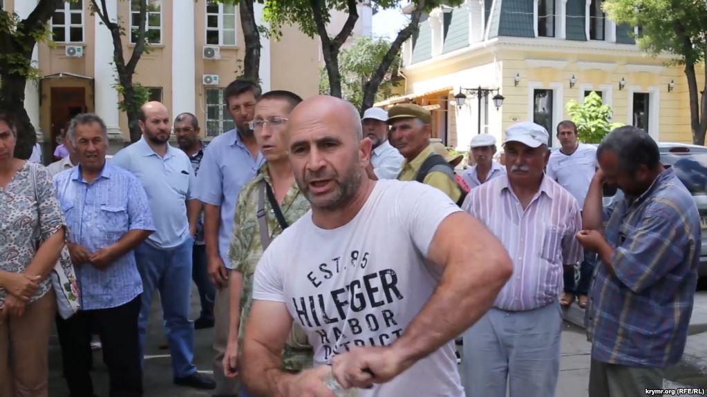 У активіста опіки 10% шкіри / фото krymr.com