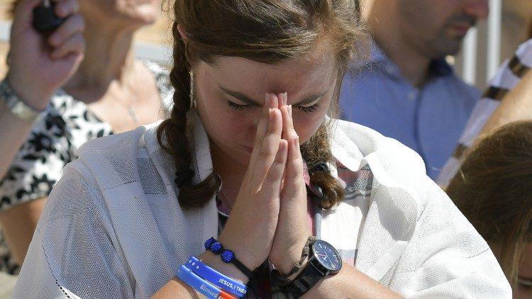 Половина взрослых американцев молятся ежедневно / vaticannews.va
