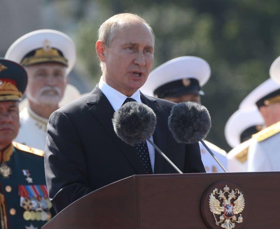 Користувачі мережі навіть заговорили про двійника Путіна / фото twitter.com/maxim_nm