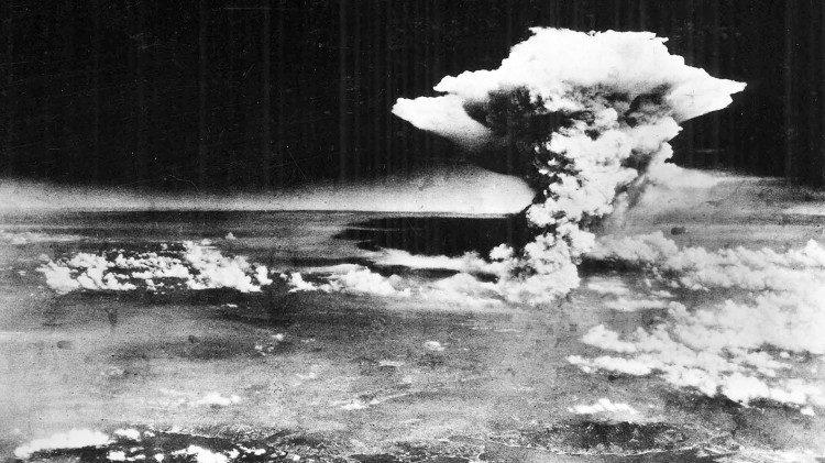 Атомне бомбардування Хіросіми / vaticannews