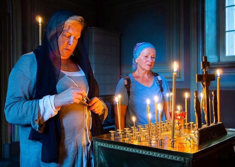 Родичі загиблих у «Зимовій вишні» помолилися про своїх близьких на Валаамі / valaam.ru