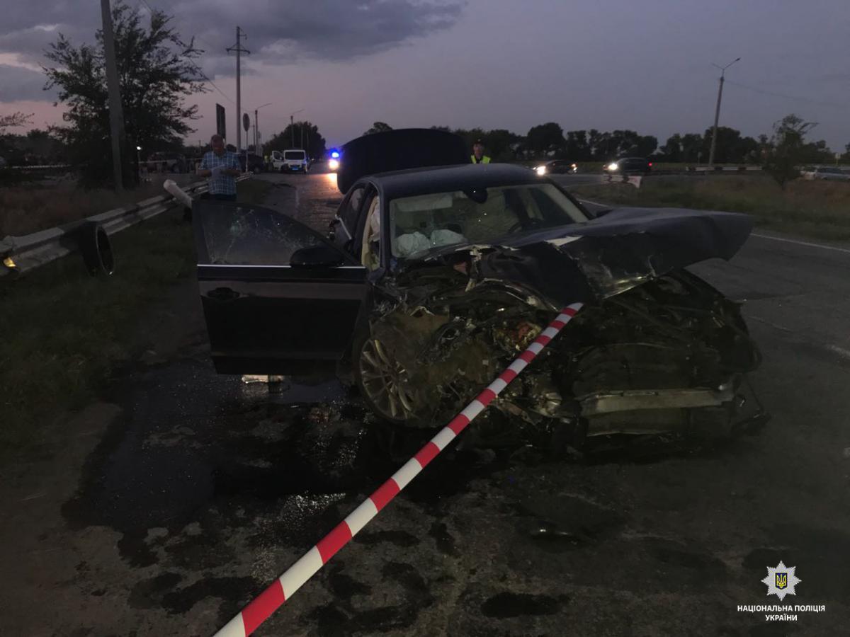 На Дніпропетровщині затримали водія Audi, який врізався в автобус внаслідок чого загинуло двоє людей / фото dp.npu.gov.ua