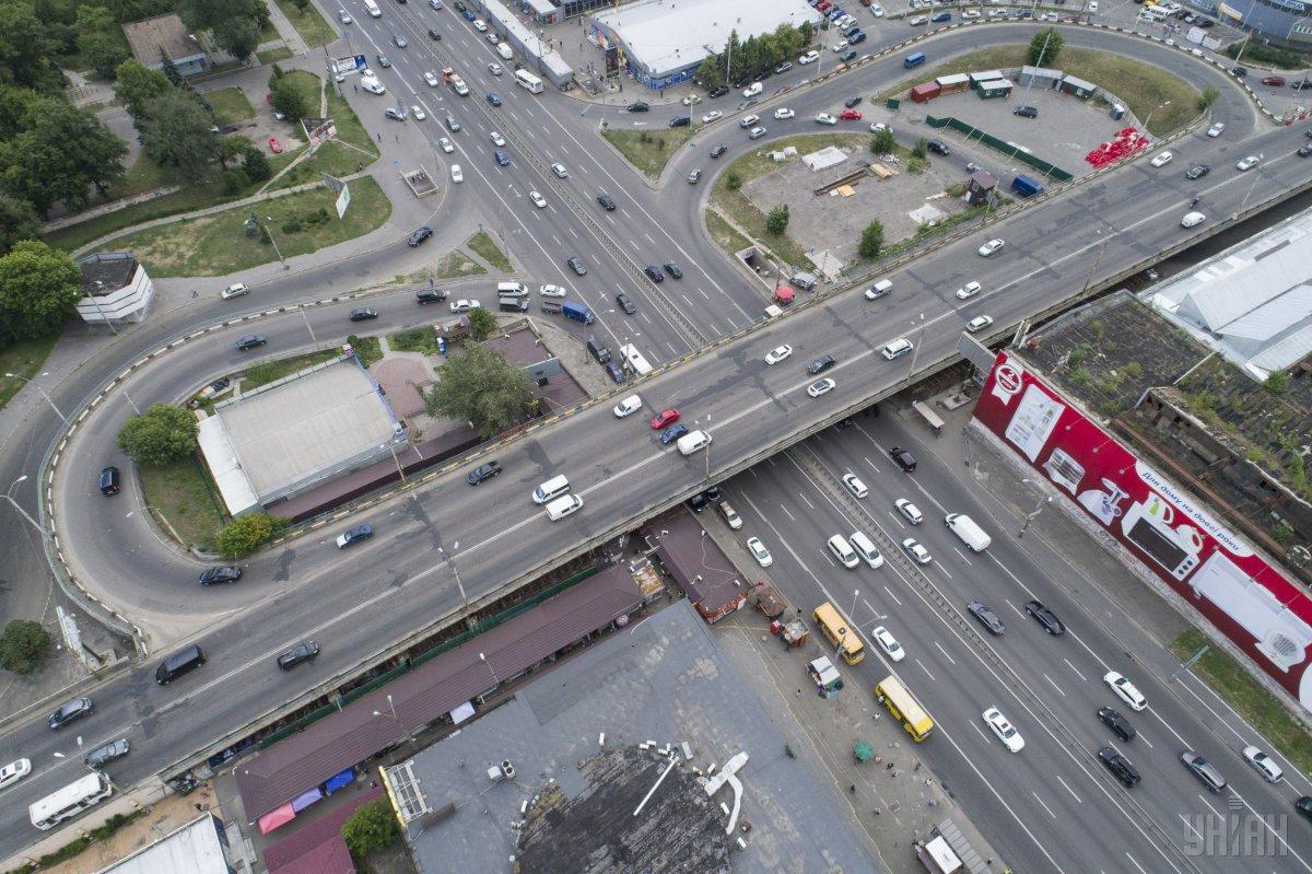 З 16 березня Шулявський міст закрито на реконструкцію / фото УНІАН