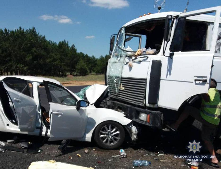 На Херсонщині у ДТП загинуло двоє дітей / фото hr.npu.gov.ua