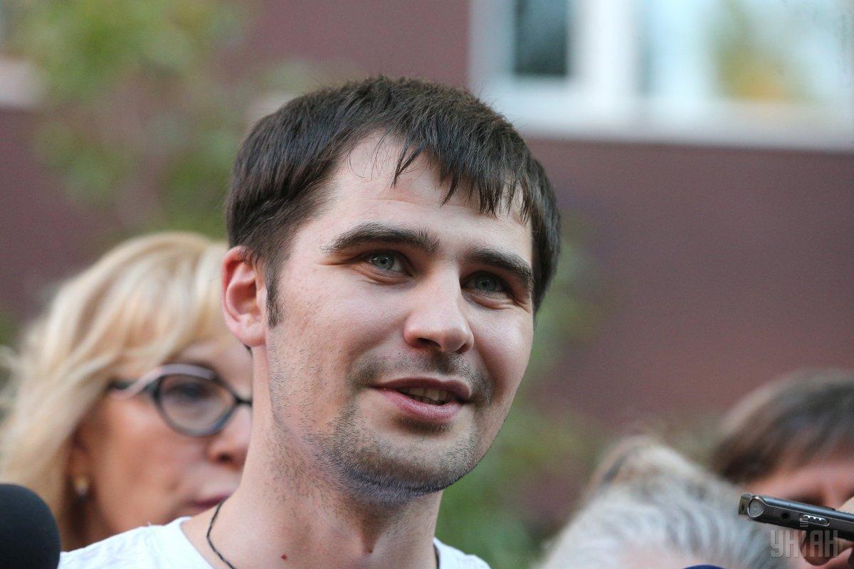 После освобождения из российской колонии, в Украине Костенко немедленно прозвали «политическим узником» / фото УНИАН