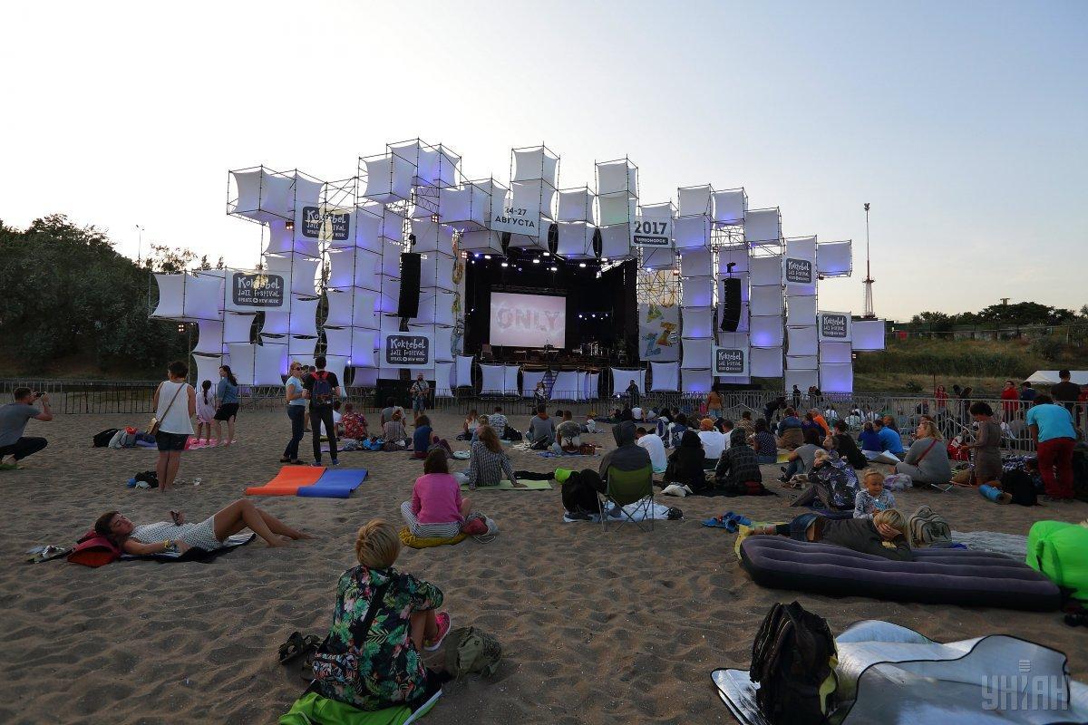 Эпицентр музыкальной жизни в эти выходные переместится на берег Черного моря / Фото УНИАН