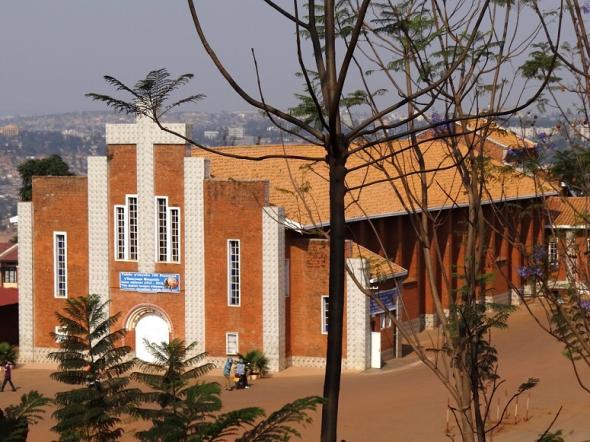 Sainte-Famille Church in Kigali, Rwanda  / Рhoto: flickr/adam jones/cc