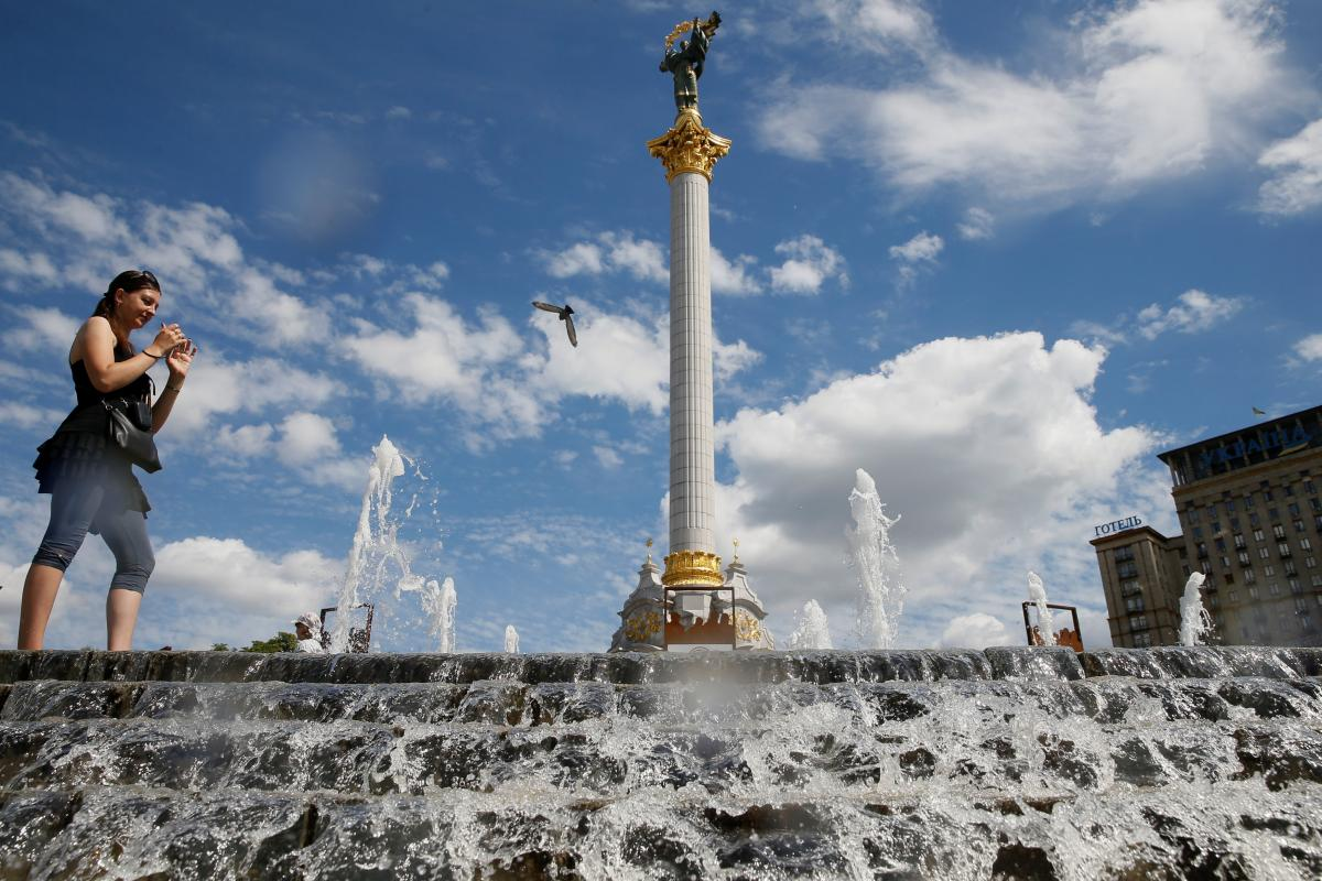 В Киеве сегодня будет жарко / REUTERS
