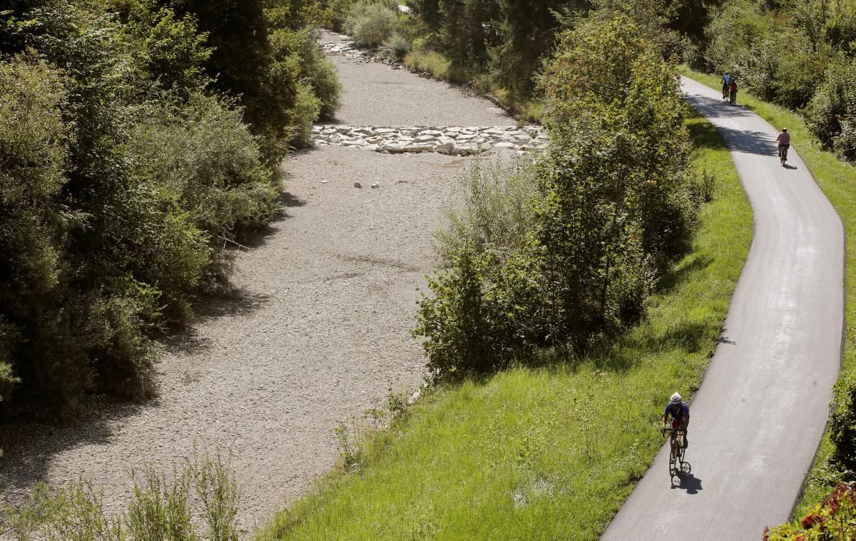 Мальовничі альпійські краєвиди в Швейцарії безнадійно зіпсовані посухою / Фото REUTERS