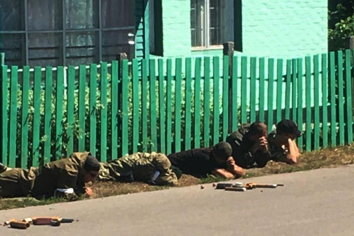На Черниговщине законным владельцам удалось отбить агрофирму у рейдеров / фото ukranews.com