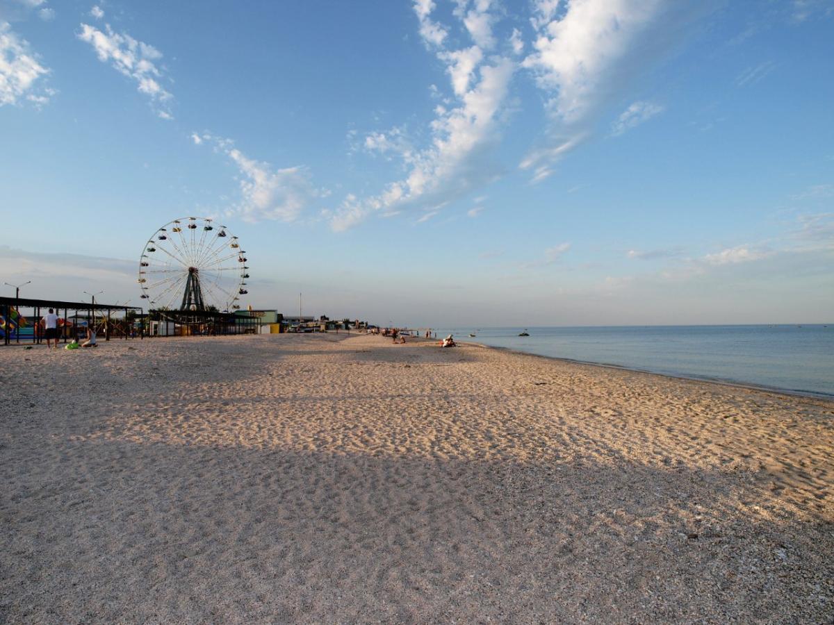 Специалист считает, что существует опасность вспышки из-за массовыхпоездокна море / фото kirillovka.ks.ua