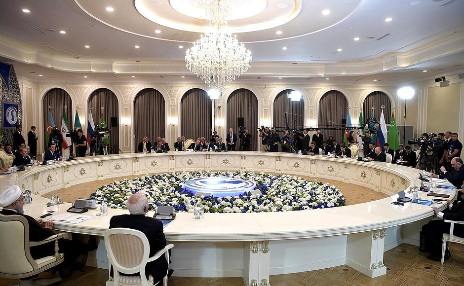 «Каспийская пятерка» подписала конвенцию о правовом статусе Каспия / фото kremlin.ru