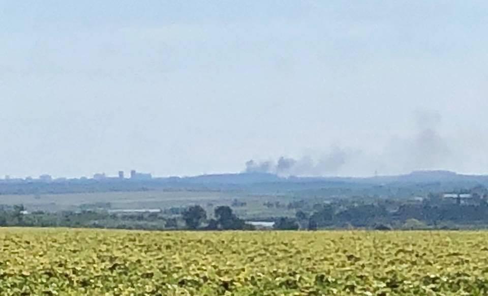 На позиціях бойовиків спалахнула пожежа / фото facebook.com/yury.mysyagin