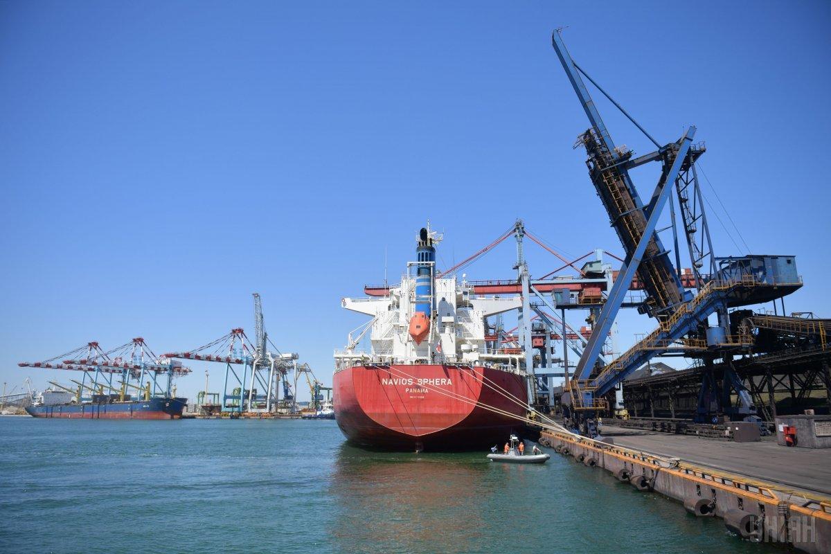 """Украина обладает мощнейшим портовым потенциалом / фото - порт """"Южный"""", УНИАН"""