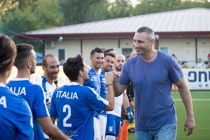 Кличко привітав усіх учасників і вболівальників чемпіонату \ kiev.klichko.org