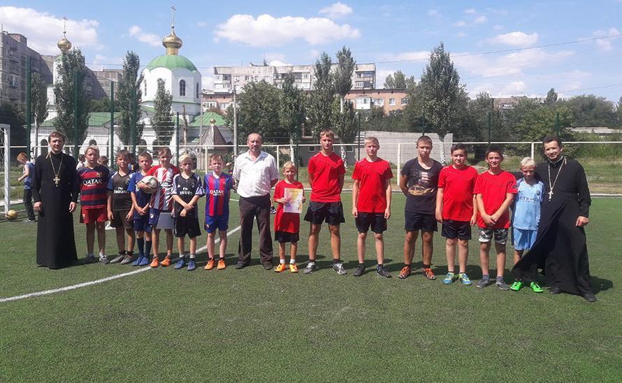 Матч закончился со счётом 3:2 в пользу команды «Лествица» / gorlovka-eparhia.com.ua