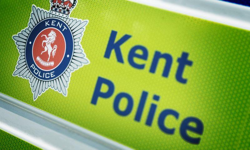 Инцидент произошел в 16:00 по местному времени в графстве Кент / фото kent.police.uk
